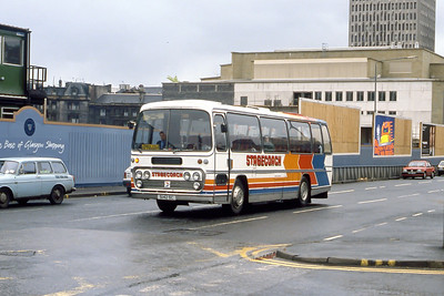 Magicbus 5142SC Killermont St Glasgow May 90