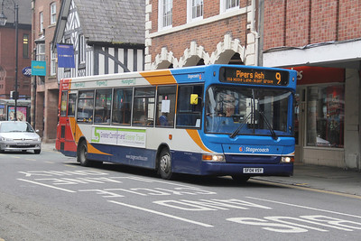 Stagecoach in Chester 34598 Foregate St Chester Apr 14
