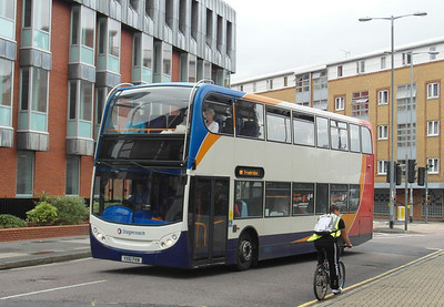 15738 - VX61FKM - Swindon (Milford St) - 16.8.13