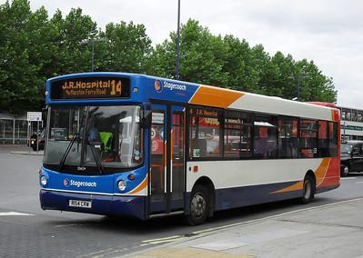 33654 - R154CRW - Oxford (railway station) - 29.7.10