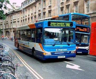 34471 - KV53NHF - Oxford (Magdelin St) - 7.8.06
