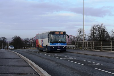 53292 crosses A90 in Queensferry