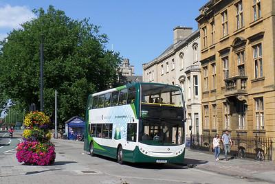 12017 - OU10GHH - Oxford (Magdelin St) - 27.8.13