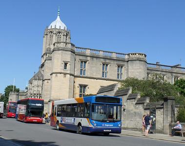 33653 - R153CRW - Oxford (St Aldate's) - 27.8.13
