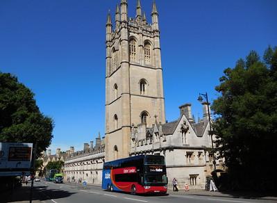 50284 - YJ14LFW - Oxford (High St)