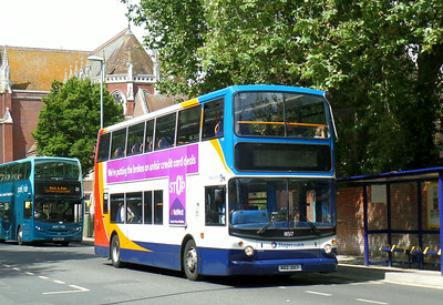 18517 - NDZ3017 - Portsmouth (Bishop Crispian Way) - 12.8.14