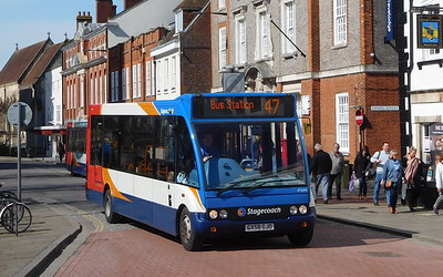 47644 - GX58GJO - Chichester (West St)