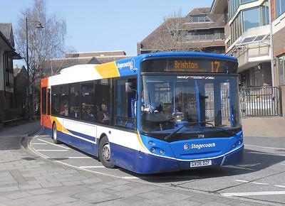 27511 - GX06DZF - Horsham (town centre) - 25.3.12