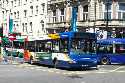 34195 - W195DNO - Cardiff (Westgate St) - 23.7.12