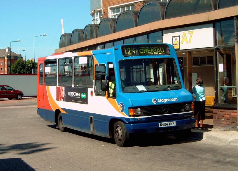 41404 - N404WVR - Cardiff (bus station) - 1.8.07