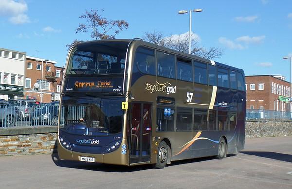 Scania N230UD / Enviro400 - Gold