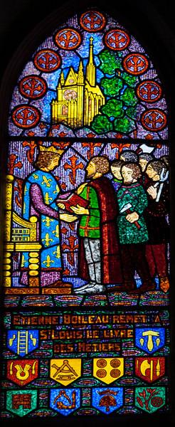 Bonneville-sur-Iton - Saint-Louis Receiving The Book of Trades (Decorchemont)
