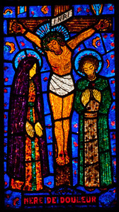 Etrapagny, Saint-Gervais-Saint-Protais Crucifixion Window