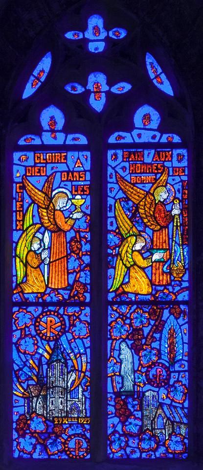 Etrapagny, Saint-Gervais-Saint-Protais Sacrament of Communion Window