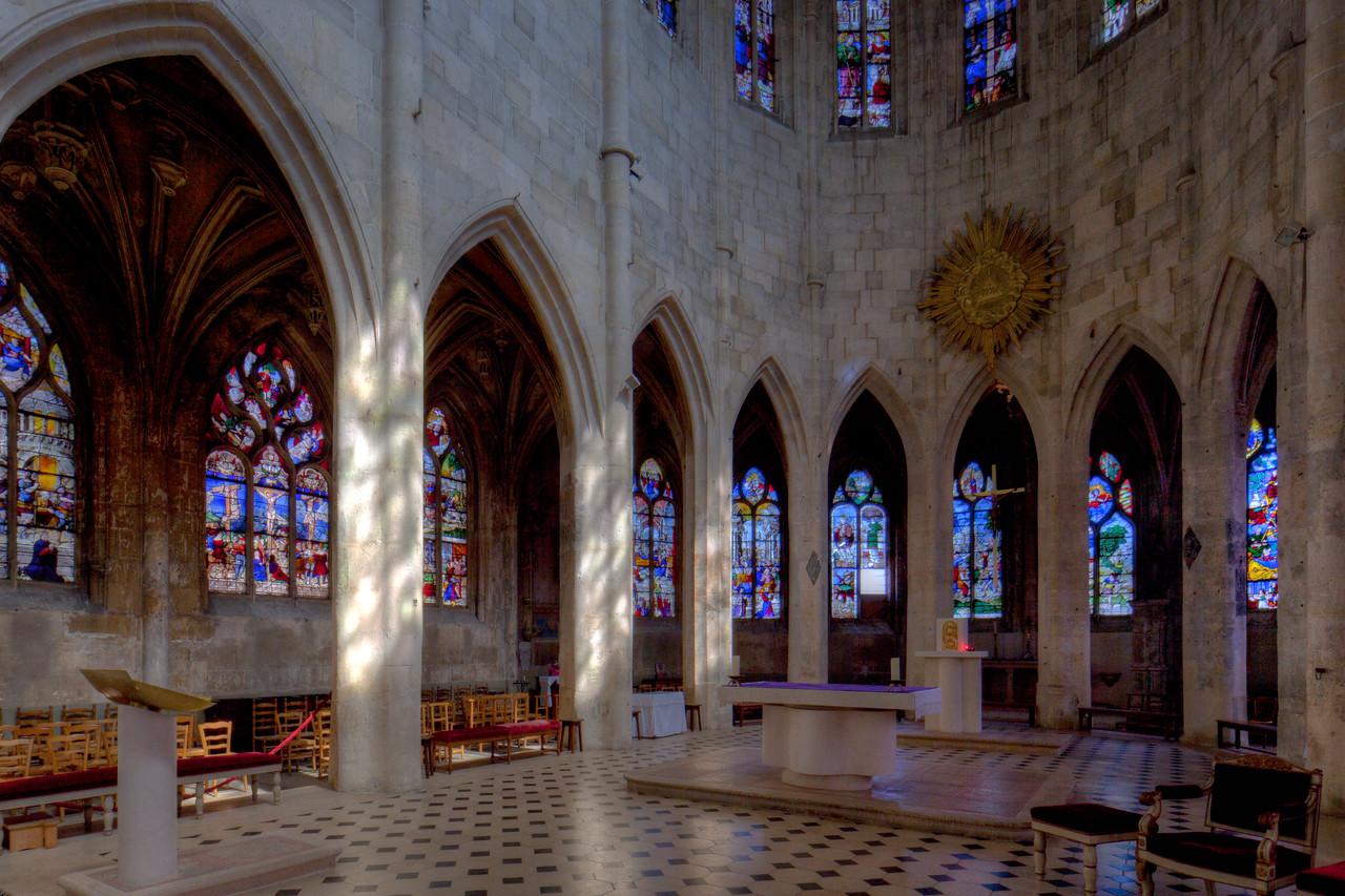 Montfort l'Amaury Choir Arcade