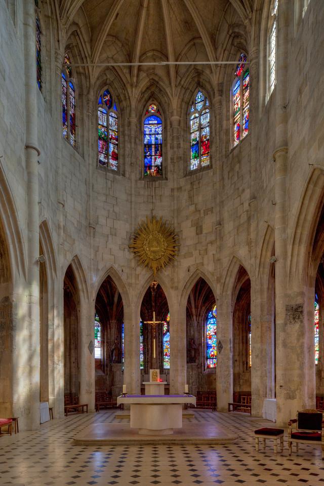 Montfort l'Amaury Choir Hemicycle