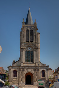 Montfort l'Amaury, Saint Peter Church