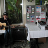 The Fountain Bistro even provide us with live music.