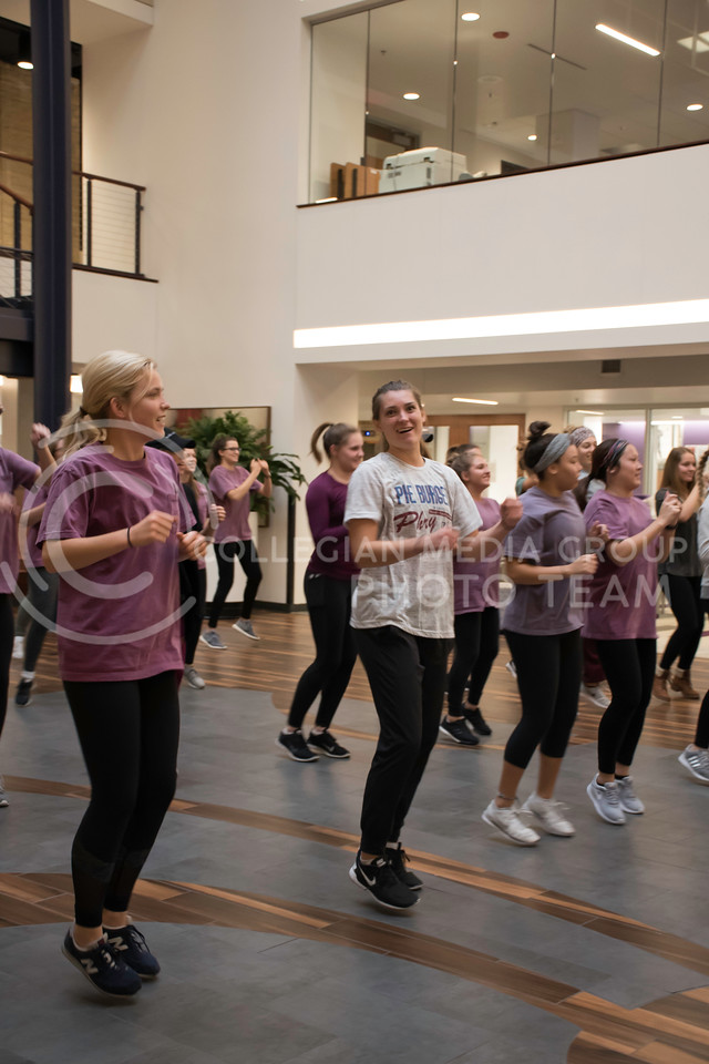 Kansas State Students excersise at the Stand Up for Your Sister Fundraising Event in the Kansas State Union, in Manhattan, KS, on Nov. 2, 2017. (Olivia Bergmeier | Collegian Media Group)