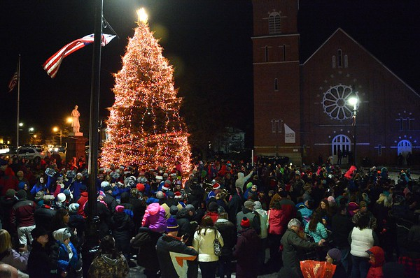 Christmas Treelighting in North Adams - 112316