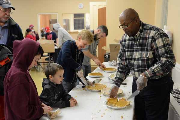 Meals on Wheels for Thanksgiving -112316
