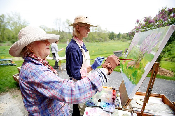 Painting Al Fresco at Fletcher Farm-051718