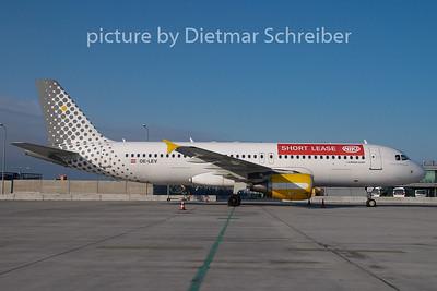 2008-12-25 OE-LEV Airbus A320 Flyniki