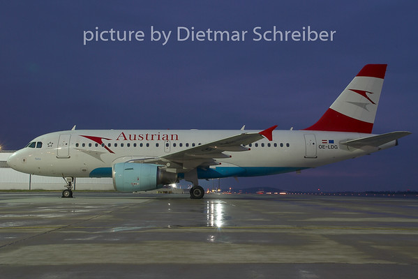 2008-12-25 OE-LDG Airbus A319 Austrian Airlines