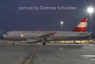 2008-12-25 OE-LBPAirbus A320 Austrian Airlines