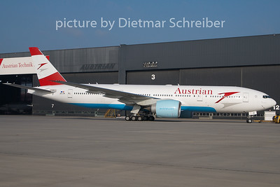 2009-12-15 OE-LPA Boeing 777-200 Austrian Airlines