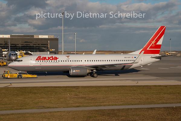 2009-12-28 OE-LNT Boeing 737-800 Lauda AIr
