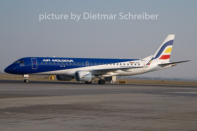 2010-12-16 ER-ECB Embraer 190 Air Moldova