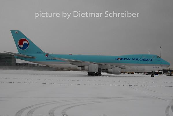 2010-12-11 HL7605 Boeing 747-400 Korean Air