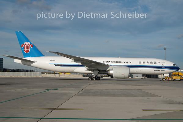 2010-11-04 B-2081 Boeing 777-200 China Souhern