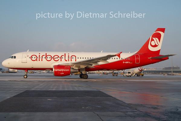 2010-12-16 D-ABFA Airbus A320 Air Berlin