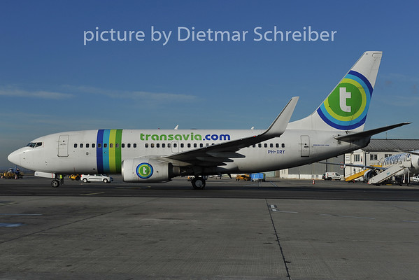 2011-12-13 PH-XRY Boeing 737-700 Transavia