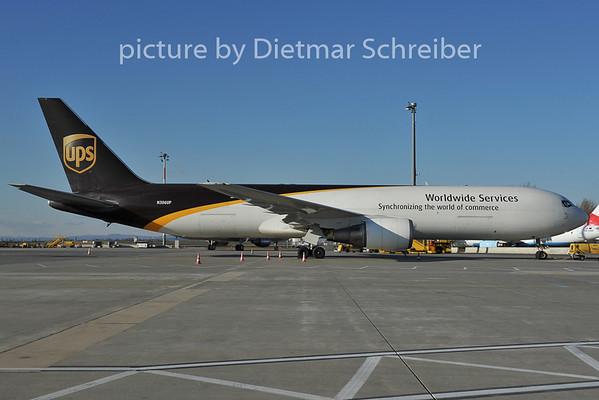 2011-12-20 N306UP Boeing 767-300 UPS