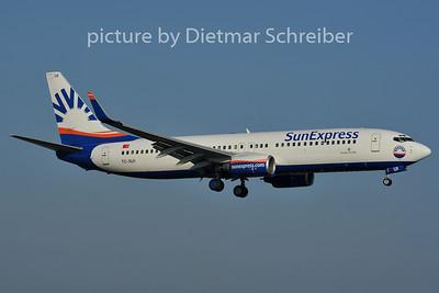 2011-11-13 TC-SUI Boeing 737-800 Sunexpress
