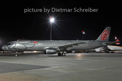 2011-12-20 OE-LES Airbus A321 Flyniki