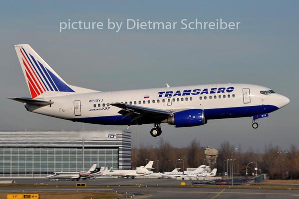 2011-12-13 VP-BYJ Boeing 737-500 Transaero