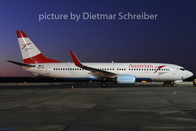 2012-12-13 OE-LNP Boeing 737-800 Austrian Airlines