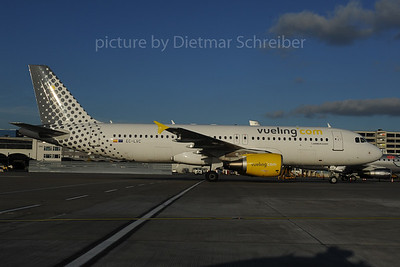 2013-12-02 EC-LVC AIrbus A320 Vueling