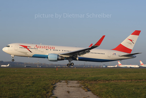 2013-11-14 OE-LAX Boeing 767-300 Austrian Airlines
