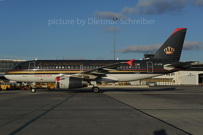 2013-12-02 JY-AYM Airbus A319 Royal Jordanian