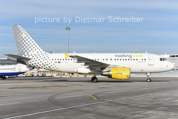 2014-12-31 EC-LRS Airbus A319 Vueling