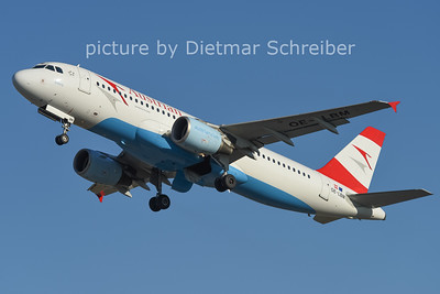 2014-12-26 OE-LBM Airbus A320 Austrian AIrlines