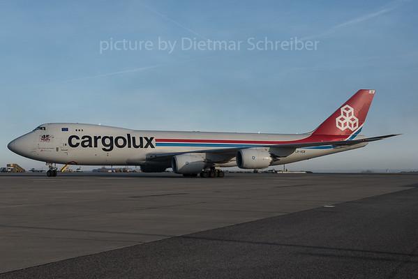 2015-12-26 LX-VCB Boeing 747-8 Cargolux
