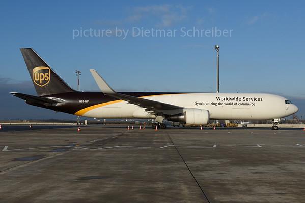 2016-12-15 N354UP Boeing 767-300 UPS