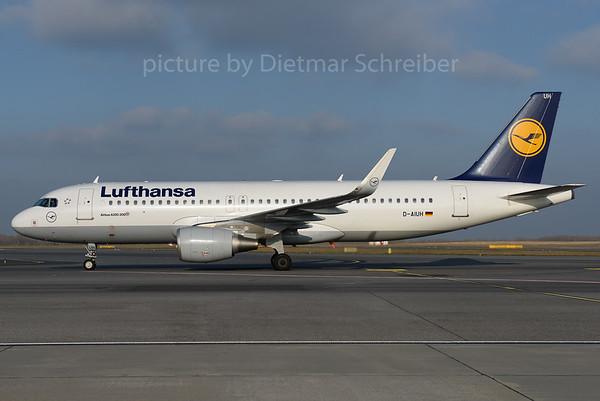 2016-12-06 D-AIUH Airbus A320 Lufthansa