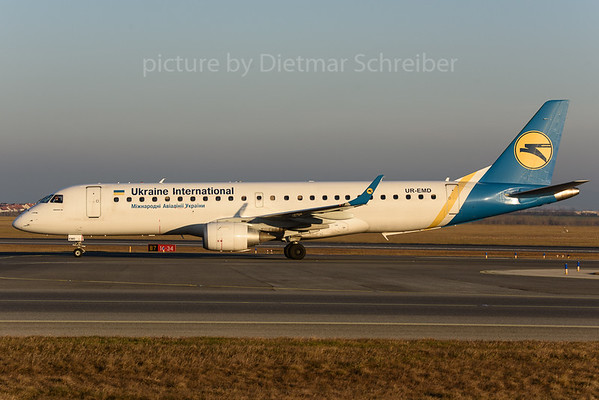 2017-12-25 UR-EMD Embraer 190 Ukraine International